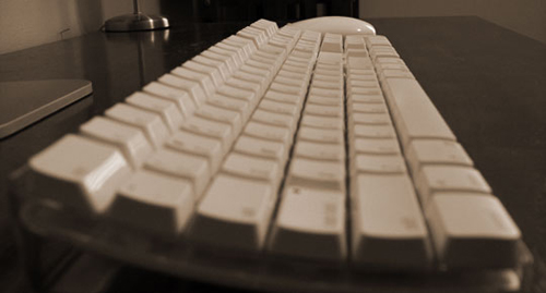 Apple Bluetooth Keyboard and Mighty Mouse